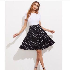SHEIN :: Flared Polka dot skirt